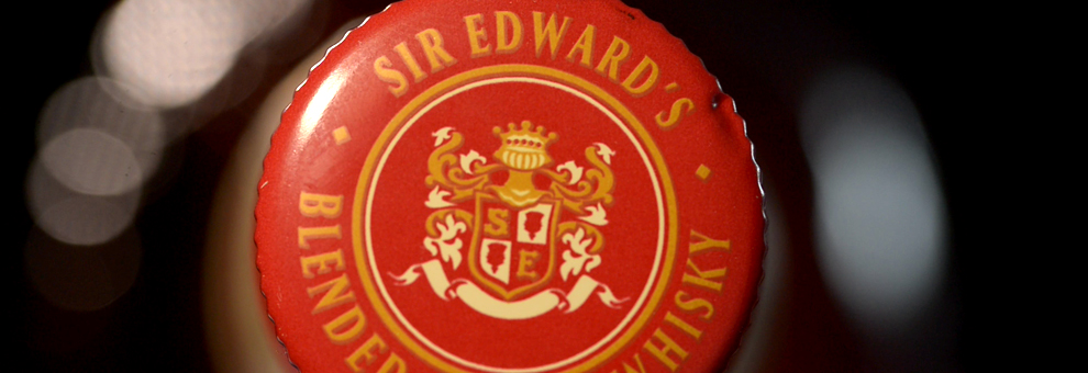 El blended whisky escocés SIR EDWARD'S