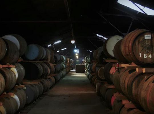 La elaboración del whisky SIR EDWARD'S