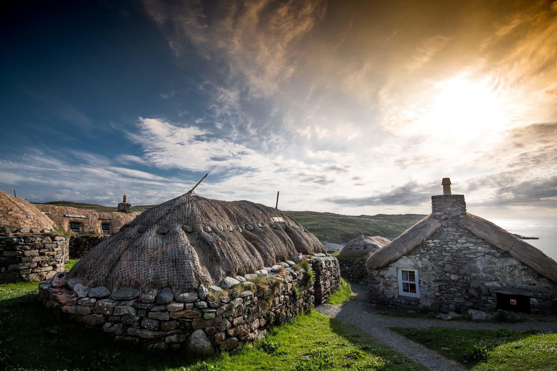 las casas negras de los campesinos de lewis