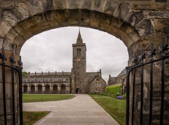 St. Andrews, tras los pasos de Guillermo y Kate